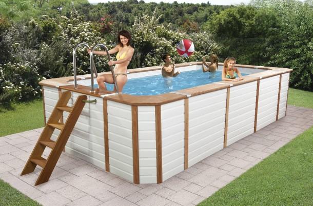 La piscina per i bambini blog family for Piscine hors sol bois 4x2