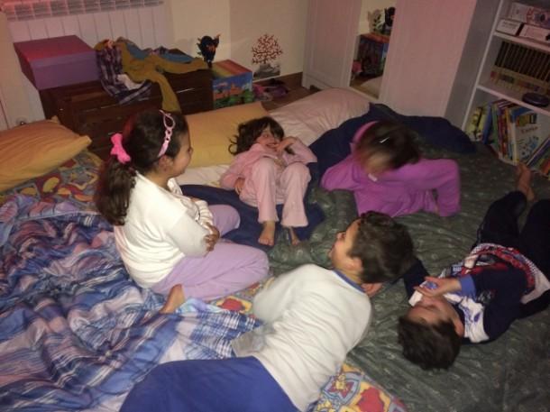 Top Come organizzare un pigiama party - Blog Family DR95