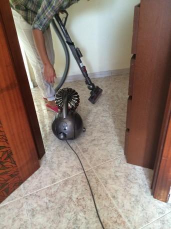 La mia esperienza con l 39 aspirapolvere dyson blog family - Aspirapolvere per divani ...