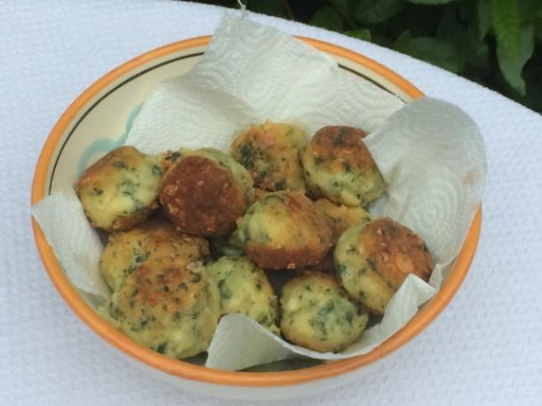 Polpette di zucchine al forno blog family - Cucinare le zucchine in modo dietetico ...
