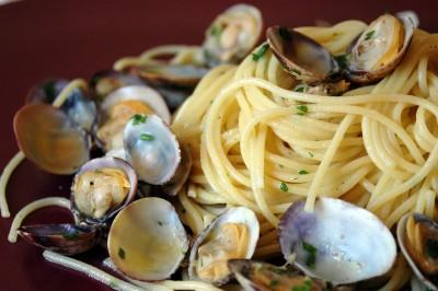 Spaghetti alle vongole veraci blog family for Vongole veraci wikipedia