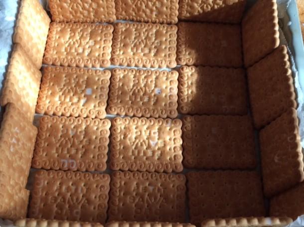 Torta con i biscotti oro saiwa