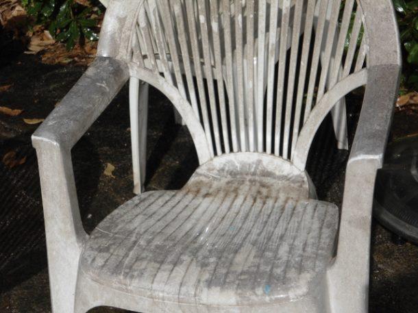 recuperare le sedie di plastica macchiate - Blog Family